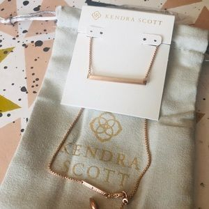 Kendra Scott NWOT Kelsey Rose Gold Necklace